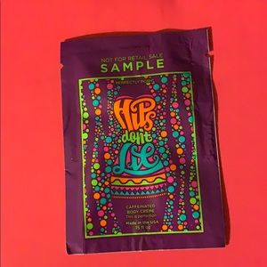 15 Samples - Hips Don't Lie - Perfectly Posh